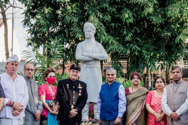 BIGGEST MUSLIM COUNTRY INDONESIA UNVEILS SWAMI VIVEKANAND STATUE